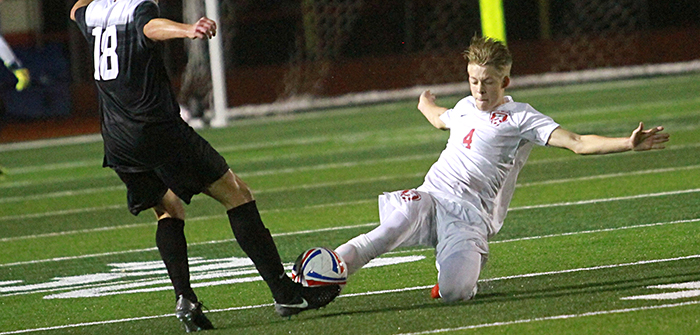 Rebs earn first district win against Vipers